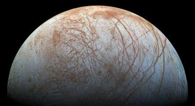 Alkalmas lehet az életre az Europa felszín alatti óceánja
