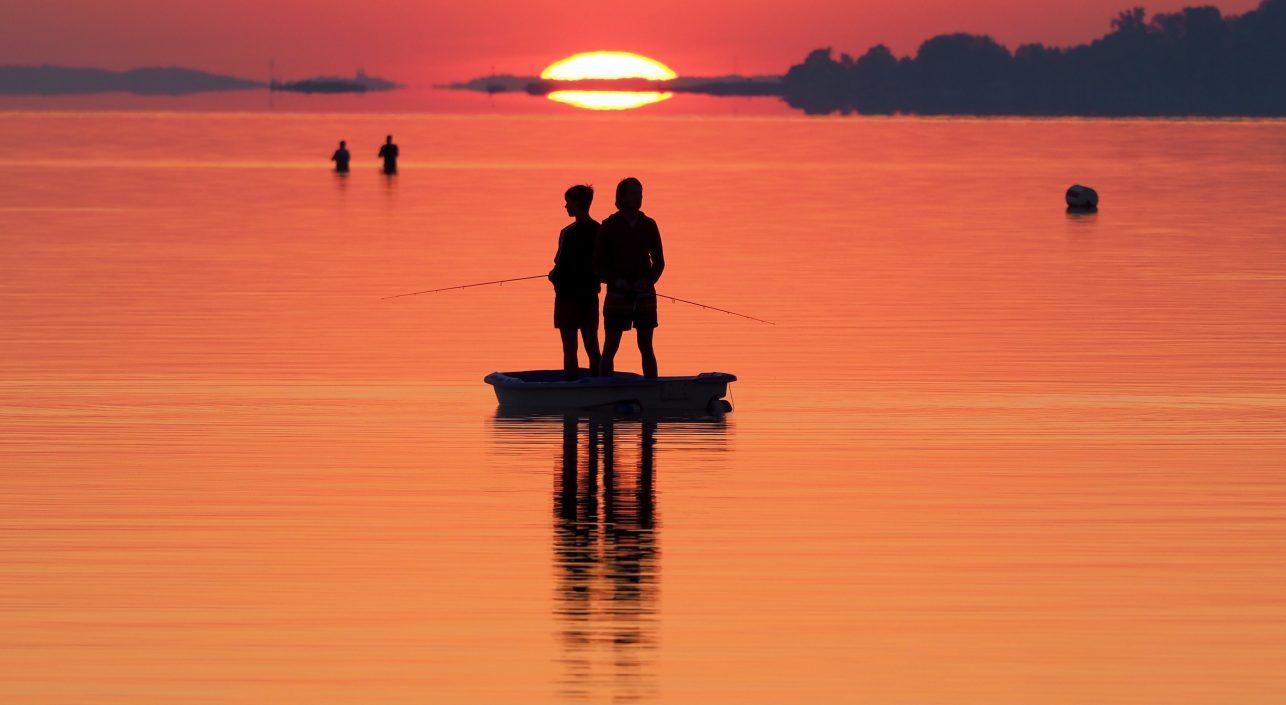 A nap képe: Hajnali horgászok