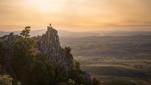A nap képe: Ember a hegyen