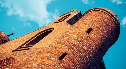 Kriptákat és alagutat találtak egy lengyelországi templom alatt