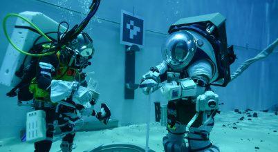 Víz alatt tesztelik a következő Holdra szállás ruháit