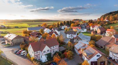Kisebb vagy nagyobb településen segítőkészek az emberek?