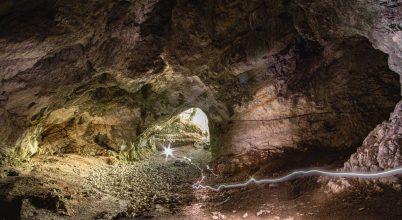 Az ősember barlangja