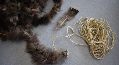 Egy indián takaró több ezer pulykatollból készült