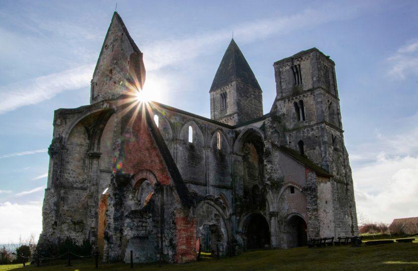 Zsámbék lenyűgöző középkori romtemploma