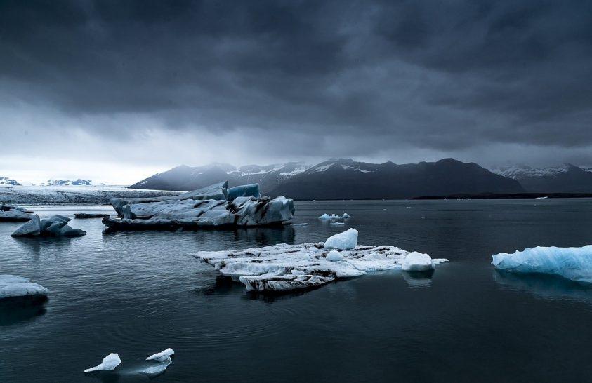 Megdöbbentő ütemben olvad a Föld jege