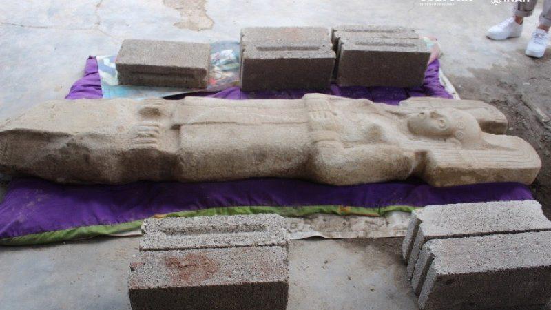 Különleges szobrot találtak egy citrusligetben