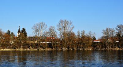 Leányfalu, Duna – part