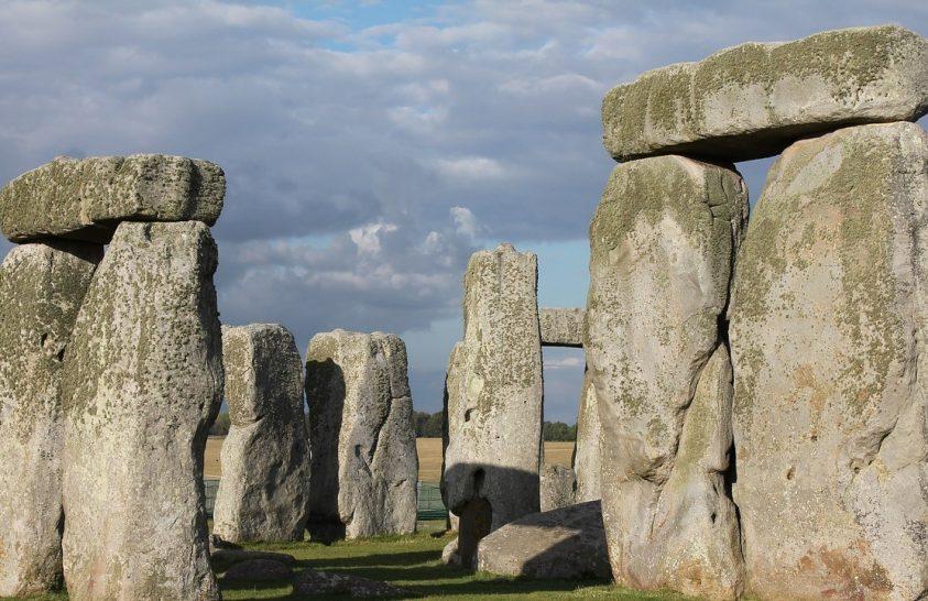 Ősi leletek kerültek elő a Stonehenge-nél