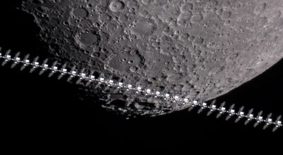 2021. március asztrofotója: Nemzetközi Űrállomás a Hold előtt