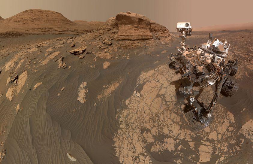 Szelfit küldött a Curiosity marsjáró