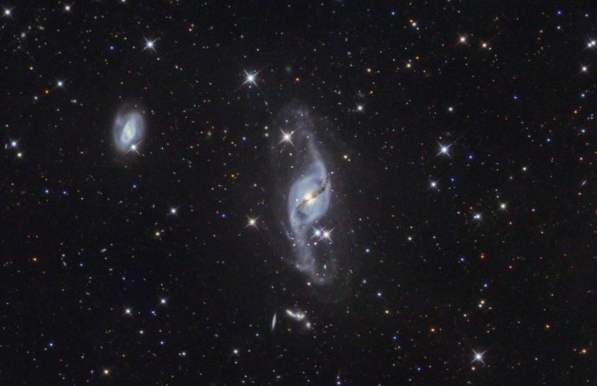 2021. április asztrofotója: Távoli galaxisok nyomában