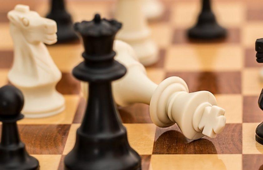 Megváltoztatja a gondolkodást, ha a gyerek megtanul sakkozni