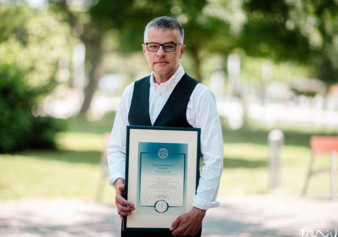 A Pécsi Egyetem sajtódíjjal ismerte el a NatGeo főszerkesztőjének munkáját