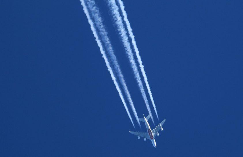 Csökkenthető a repülőgépek környezetterhelése és klímahatása