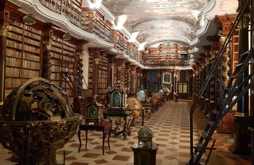 A nap képe: Klementinum könyvtár