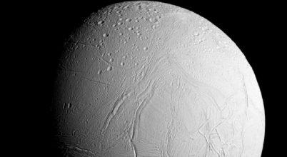 Élet lehet a Szaturnusz jeges holdjának mélyén