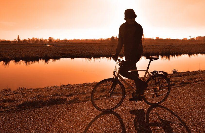 Napelemes bicikliutat avattak Hollandiában