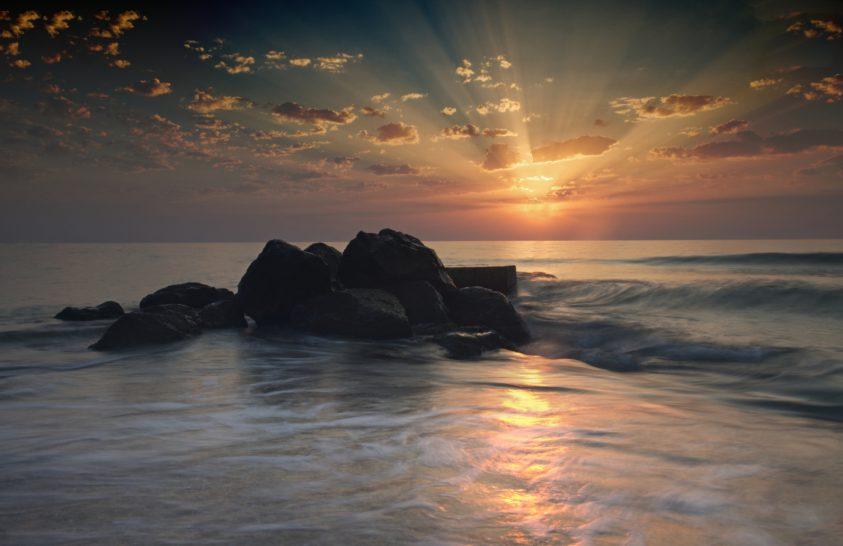 A nap képe: Tengerparti napkelte