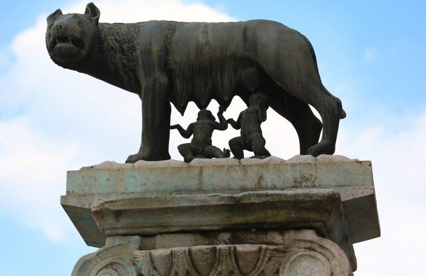 Romulus legendájához köthető követ találtak