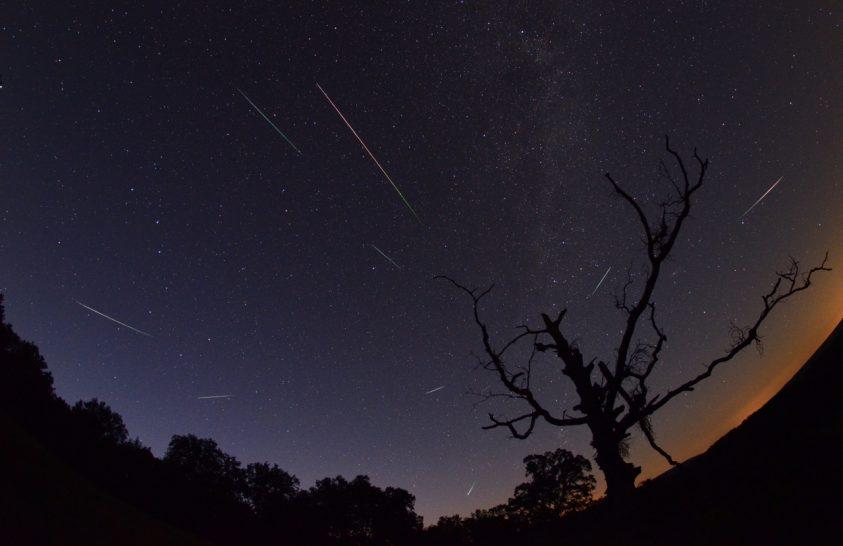 Hány Perseida meteort láthatunk a maximum éjszakáján?