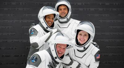 Föld körüli űrrepülésre indul négy civil
