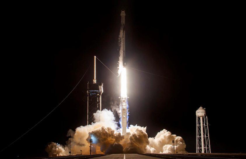 Oroszország is elkezdheti használni a SpaceX űrhajóját