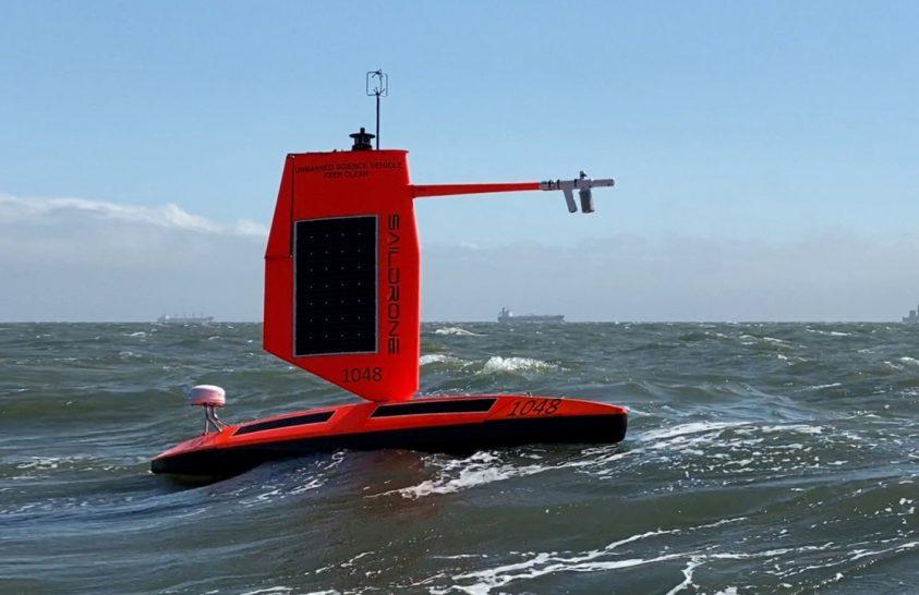 Hurrikánról gyűjt adatot az első óceánjáró vitorlás drón
