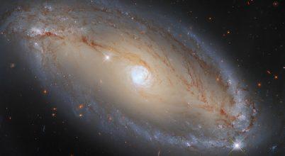 Csodás galaxist fotózott a Hubble